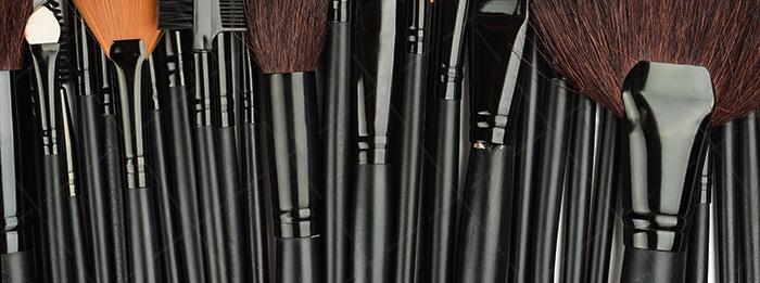 【美天棋牌】化妆教程 20202013新款春夏流行妆容趋势 打造T台夸张精致妆容