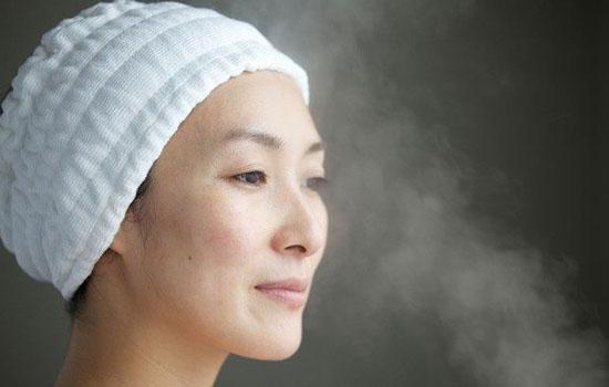 【美天棋牌】蒸脸器可以用自来水吗 蒸脸器的最佳使用方法